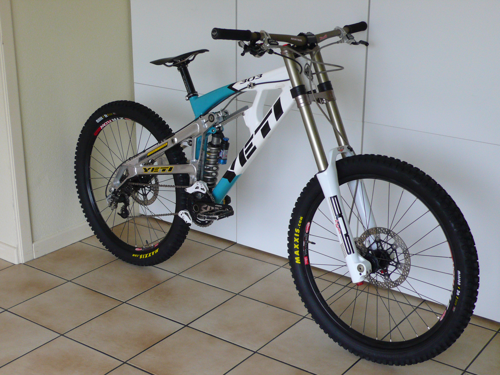 Sexiest Downhill Bikes Frames Out There 2 No Posting Of Own Bike